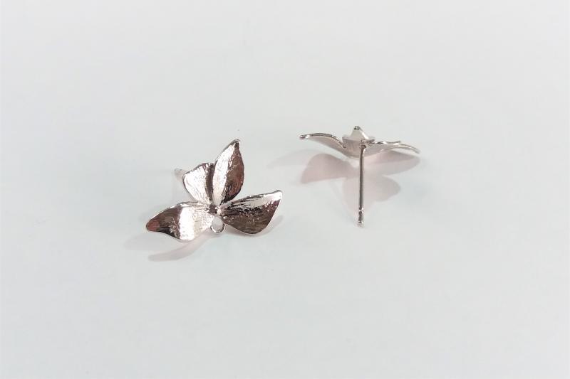 Fornitura de latón pétalo mariposa (pendientes)