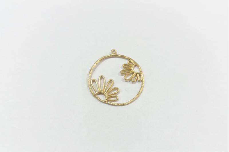 Fornitura de latón circulo y dos flores